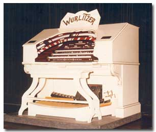 Wurlitzer Opus 1813 at the Orion Centre Campsie.  3 Manuals, 17 Ranks